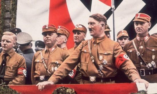 Trieste. Il consigliere che inneggia ad Hitler opponendolo a Papa Francesco