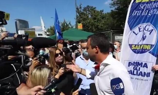 Selvaggia Lucarelli deferita all'Ordine dei giornalisti Lombardia: rende riconoscibile figlio 15enne